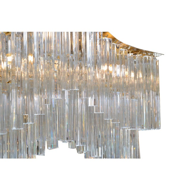 Pagoda Chandelier in Crystal and Brass For Sale - Image 10 of 13