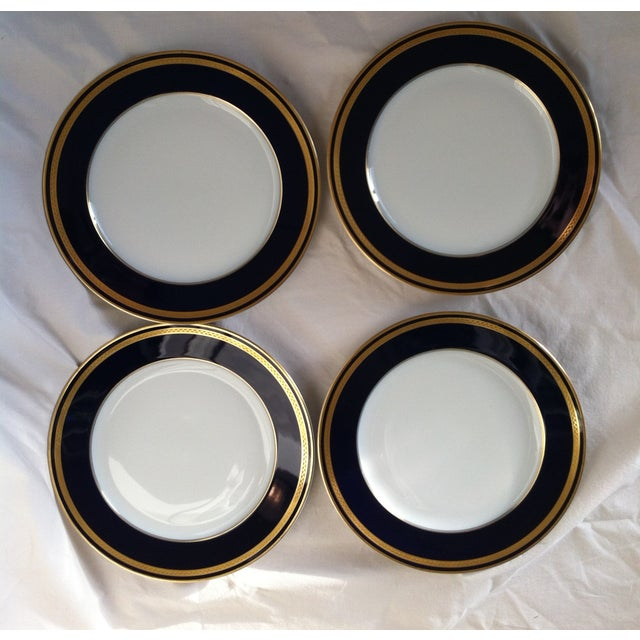 "Traditional Hutschenreuther ""Monarch"" China Plates - Set of 4 For Sale - Image 3 of 10"