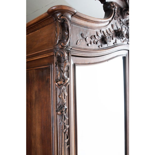 Early 19th Century French 19th Century Louis XV Carved Walnut Mirror-Front Armoire For Sale - Image 5 of 10