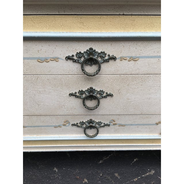 Shabby Chic 1970s Shabby Chic Johñ Widdicomb White Night Stands - a Pair For Sale - Image 3 of 9
