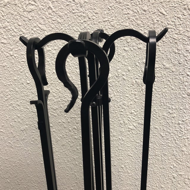Black Plow & Hearth Fireplace Screen & Tools For Sale - Image 8 of 9