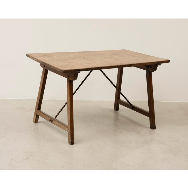 18th Century Spanish Travel Table in Walnut For Sale - Image 10 of 10
