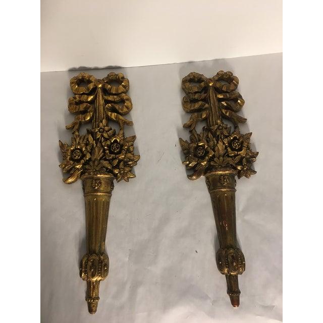 Hollywood Regency Gold Burwood Flower Urns - A Pair - Image 9 of 9