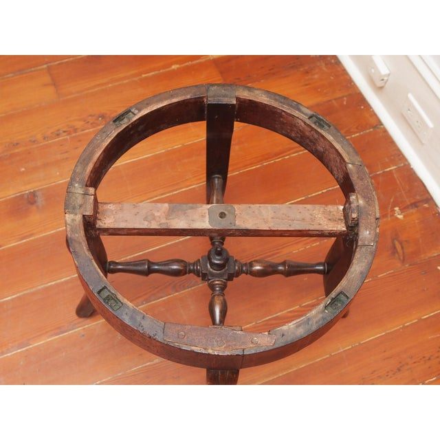 French Round Marble Top Side Table For Sale - Image 4 of 9