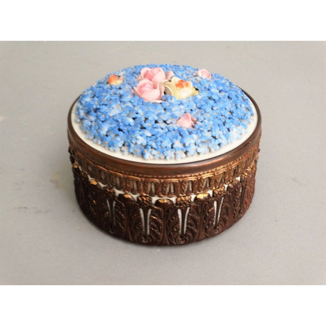 Lovely 19th century hand painted Dresden, Germany porcelain trinket dresser box with lid. It has delicate, hand applied...