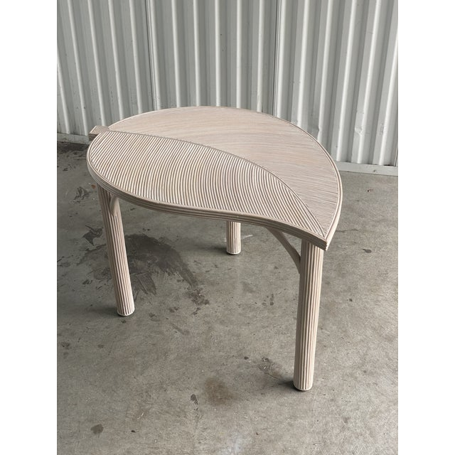Vintage Coastal Pencil Reed Leaf Table For Sale In Miami - Image 6 of 6