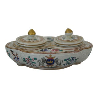 19th Century English Porcelain Heraldic Inkwell For Sale