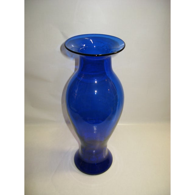 2001 Blenko Cobalt Vase For Sale In Charleston - Image 6 of 7