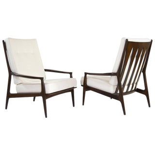 Milo Baughman for Thayer Coggin Walnut Archie Lounge Chairs For Sale