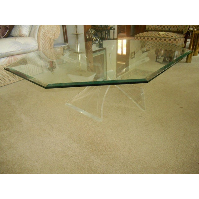 Mid-Century Lucite Base & Glass Top Cocktail Table For Sale - Image 5 of 7