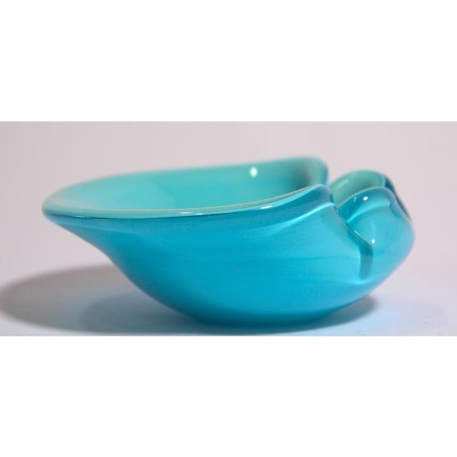 Alfredo Barbini Alfredo Barbini Murano Venetian Handblown Art Glass Turquoise Ashtray For Sale - Image 4 of 12