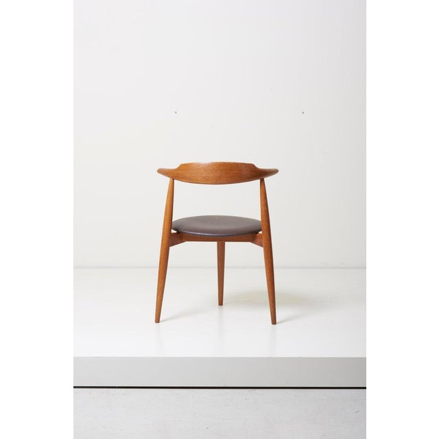 Fritz Hansen Dining Set With a Table and Six Heart Chairs by Hans Wegner for Fritz Hansen For Sale - Image 4 of 13