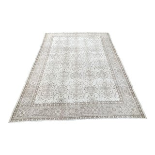 Handkontted Floor Turkish Bohemian Rug - 6′6″ × 9′10″ For Sale