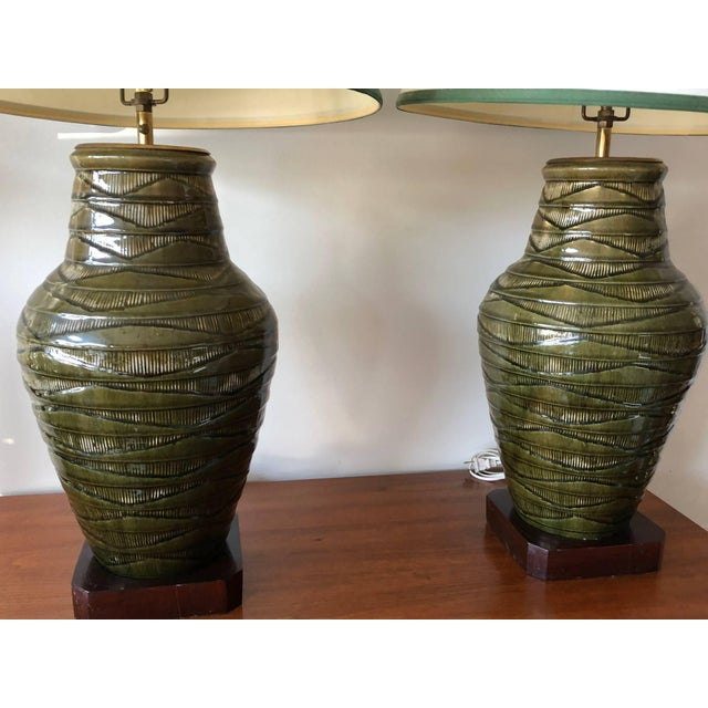Green 1950s Vintage Thai Celadon Green Porcelain Crackle Lamps - A Pair For Sale - Image 8 of 9