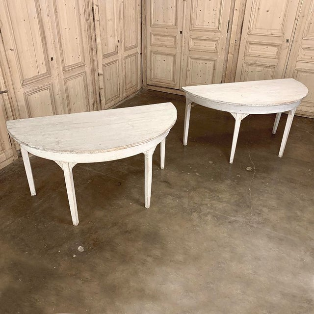Gustavian (Swedish) Banquet Table, Painted, Early 19th Century Swedish Gustavian Period For Sale - Image 3 of 13