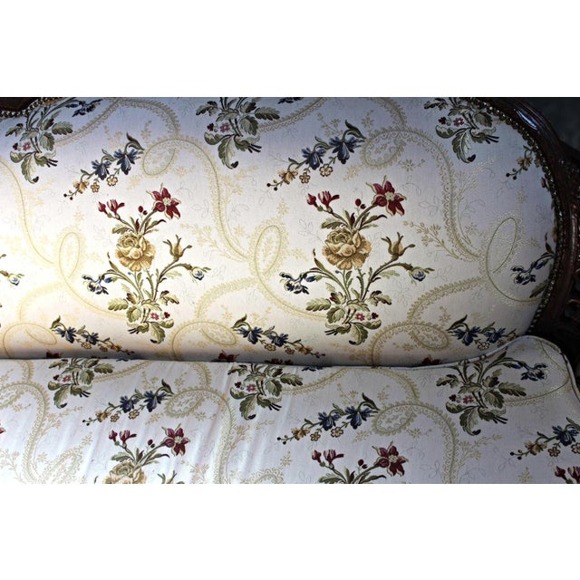 Louis XV Style Canape en Corbeille Settee For Sale In New York - Image 6 of 8