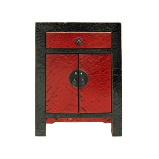 Chinese Distressed Black Red Crackle Pattern End Table Nightstand For Sale