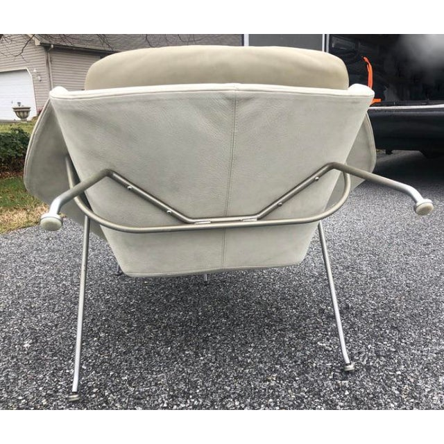 Gray 1960s Eero Saarinen Leather Womb Chair and Ottoman Knoll For Sale - Image 8 of 11