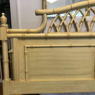 20th Century Hollywood Regency Thomasville Allegro Faux Bamboo Pagoda Queen Headboard Preview