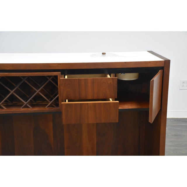Dillingham Walnut Mid Century Bar For Sale - Image 10 of 11