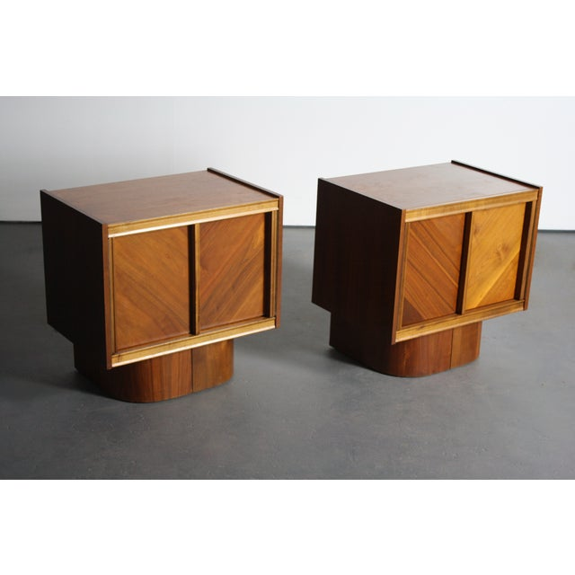 Mid-Century Book-Match Walnut End Tables - A Pair - Image 4 of 10