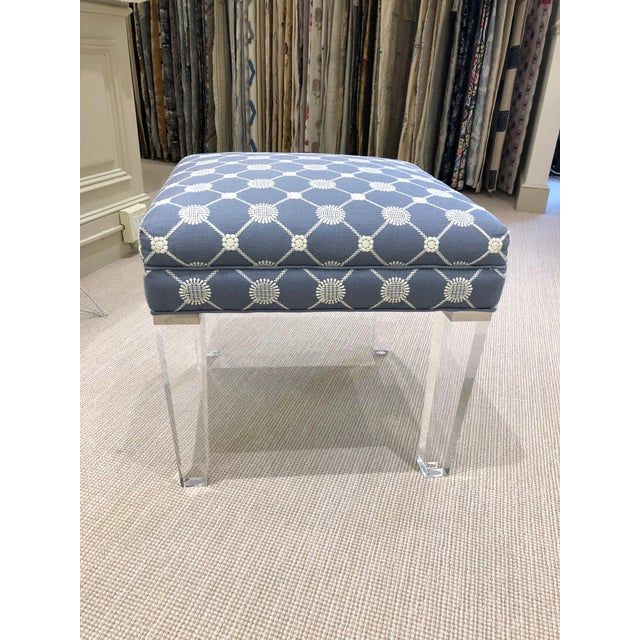 Early 21st Century Vintage Transitional Ottoman For Sale In New York - Image 6 of 7