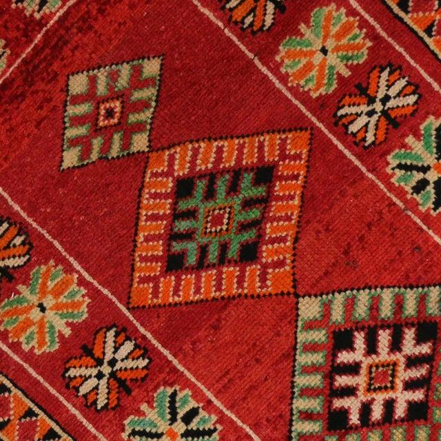 "Vintage Red Berber Moroccan Rug - 3'10"" x 6'6"" - Image 4 of 6"