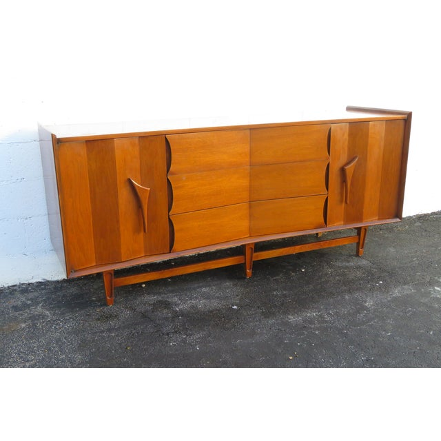 Mid Century Modern Long Dresser Sideboard Tv Media Console 2714 For Sale - Image 11 of 11