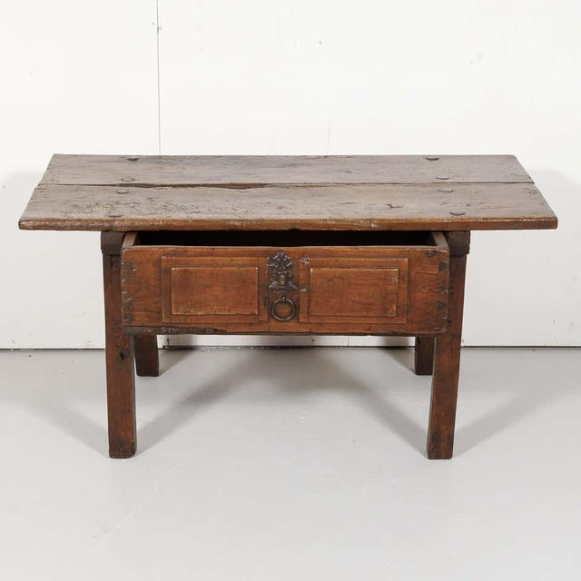 Mid 18th Century 18th Century Solid Walnut Spanish Side Table For Sale - Image 5 of 13