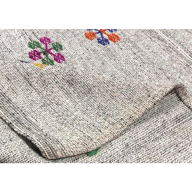 Rug & Kilim Turkish Natural Patterned Handwoven Kilim Rug - 6′1″ × 8′10″ For Sale - Image 4 of 7