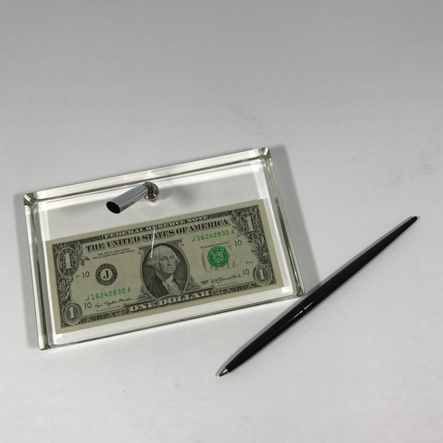 Vintage Dollar Bill Lucite Pen Holder - Image 6 of 11