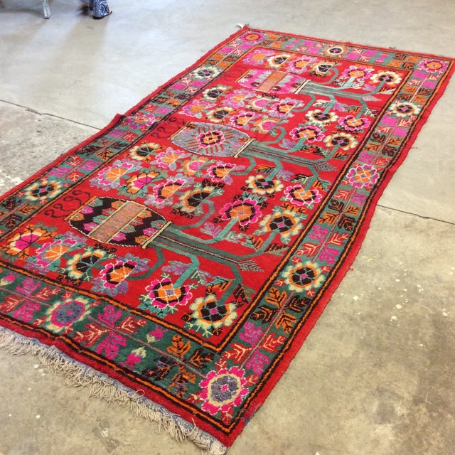 Art Deco Vintage Chinese Khotan Rug - 4'9x10' For Sale - Image 3 of 13