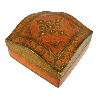 Florentine Gilded Wood Trinket Box For Sale