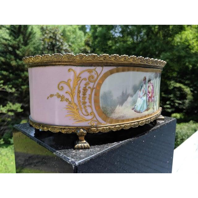 Metal 1800s Sevres-Style Rose Pompadour Porcelain Gilded Bronze Trim Oval Cachepot For Sale - Image 7 of 13