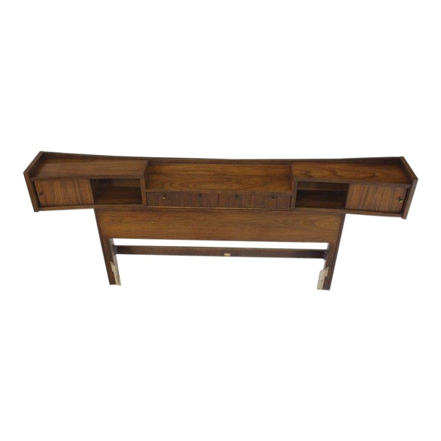 Lacquer Mid-Century Modern Walnut Headboard Bed For Sale - Image 7 of 7