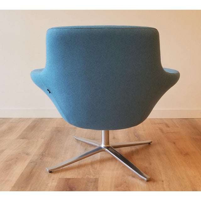 "Late 20th Century Recently-Upholstered Coalesse ""Bob"" Swivel Lounge Chair by Steelcase For Sale - Image 5 of 11"