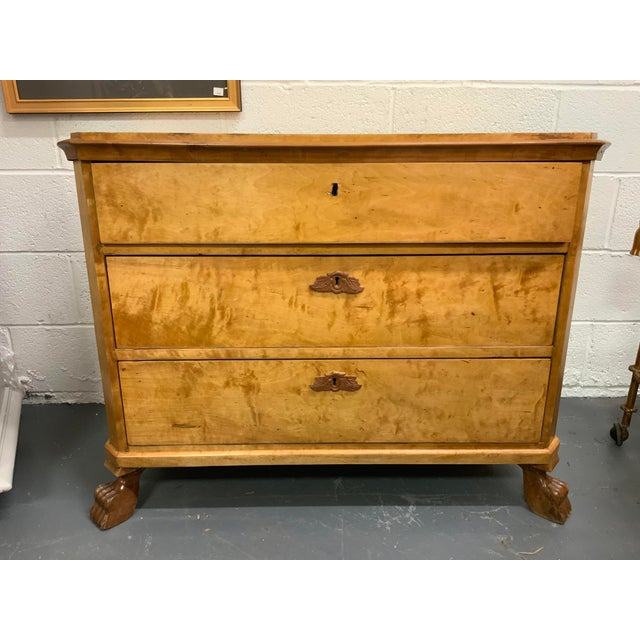 1930s Traditional Birdseye Maple Chest of Drawers For Sale - Image 9 of 10