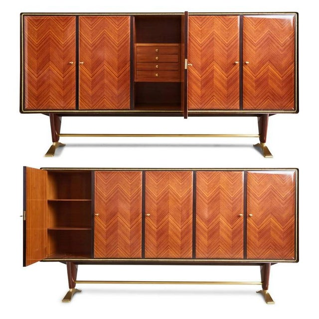 Magnificent buffet by Paolo Buffa that has been recently restored and finished in a high gloss lacquer. Featuring Italian...