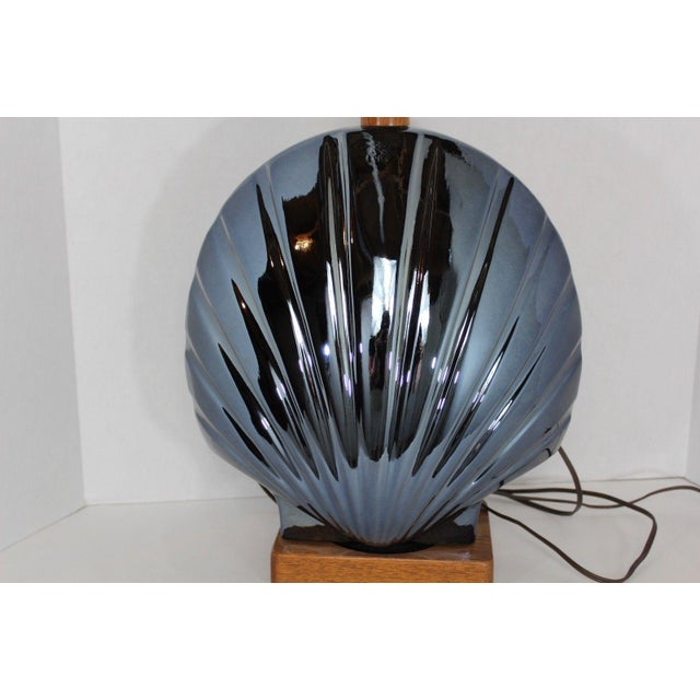 Blue 1950s Vintage Art Deco Style Large Metallic Blue Shell Table Lamp For Sale - Image 8 of 10