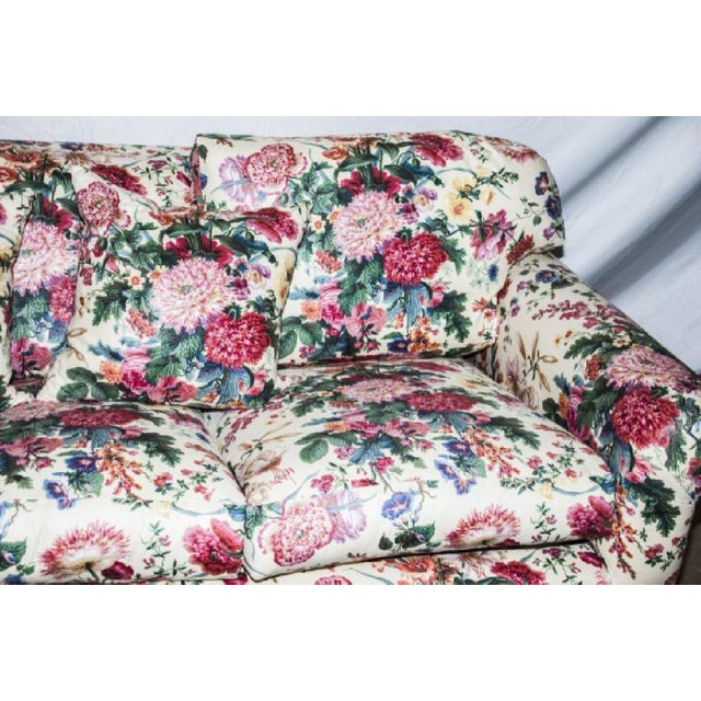 Brunschwig & Fils Custom Postmodern / Traditional Upholstered Sofa w Throw Pillows. Floral chintz Brunschwig & Fils...