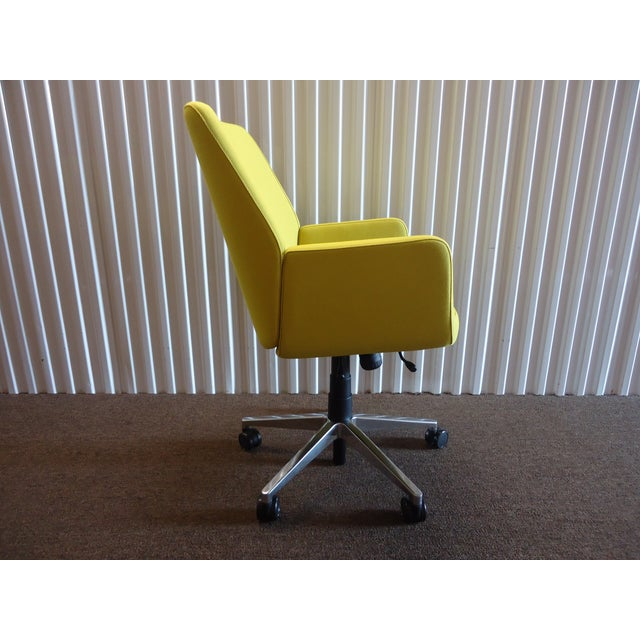 Mid-Century Modern Brian Kane by Coalesse & Steelcase Modern Bindu Yellow Executive Conference Chair For Sale - Image 3 of 13