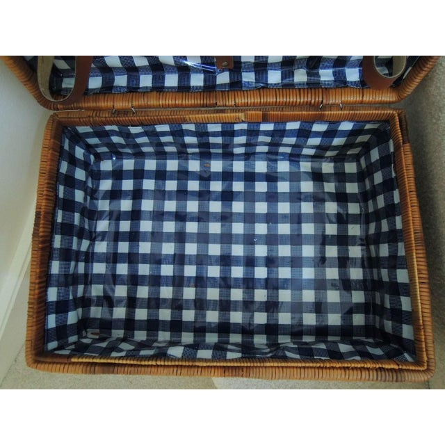 Vintage Picnic Basket & Tableware - Service for 4 For Sale - Image 4 of 13