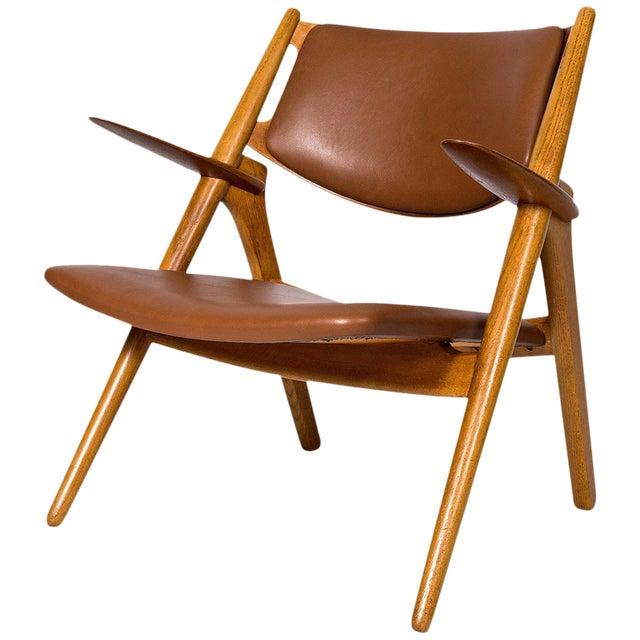 Hans Wegner CH-28 Lounge Chair For Sale