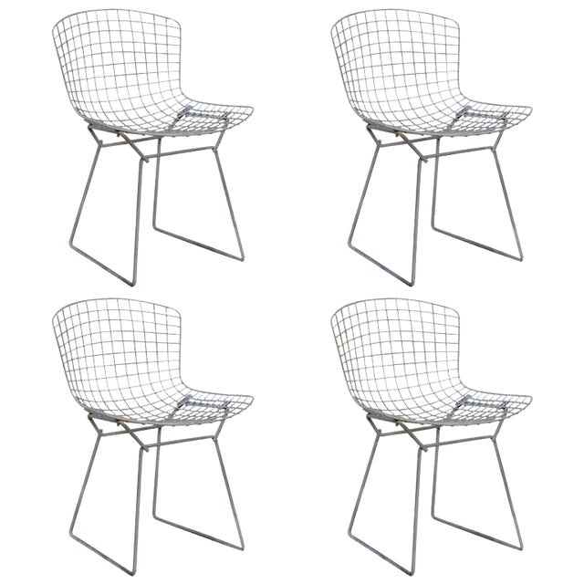 Set of Four Original Wire Chairs by Harry Bertoia for Knoll For Sale