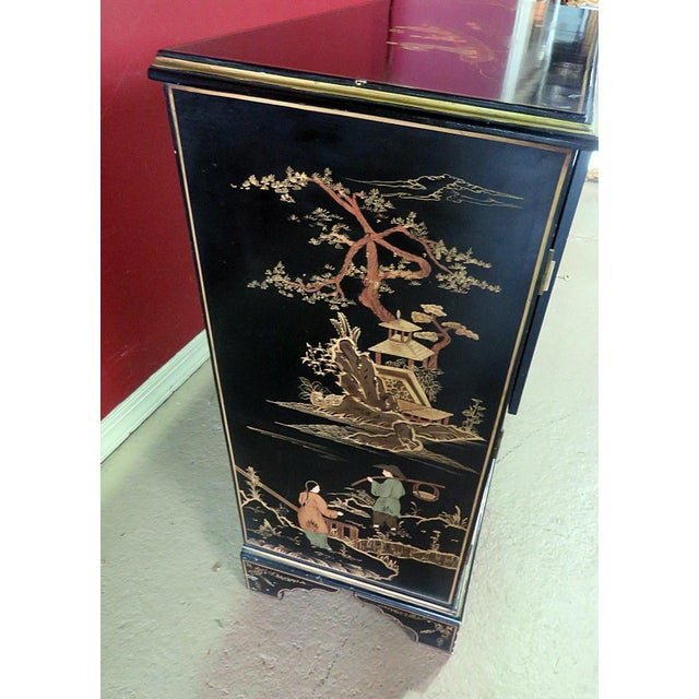 Wood Georgian Furniture Company Chinoiserie Commode For Sale - Image 7 of 10