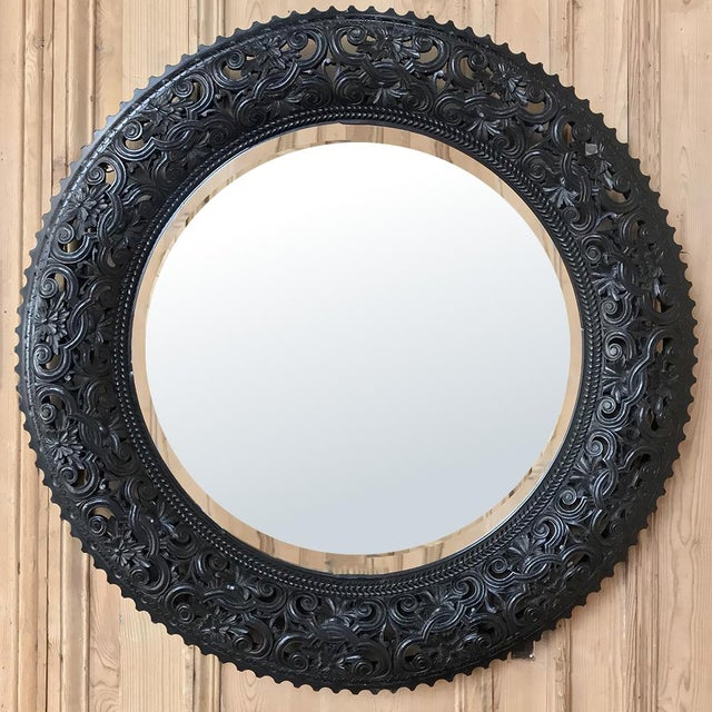 19th Century French Louis XVI Round Carved Wood Mirror For Sale - Image 11 of 11