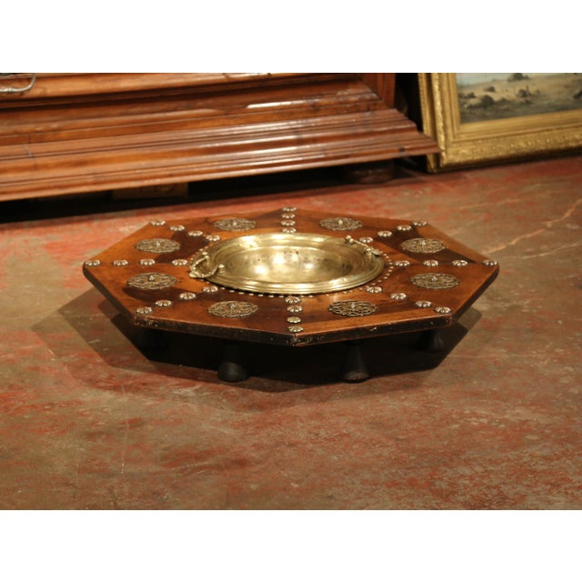Mediterranean Early 19th Century Spanish Carved Walnut Brasero with Removable Brass Tray Top For Sale - Image 3 of 9