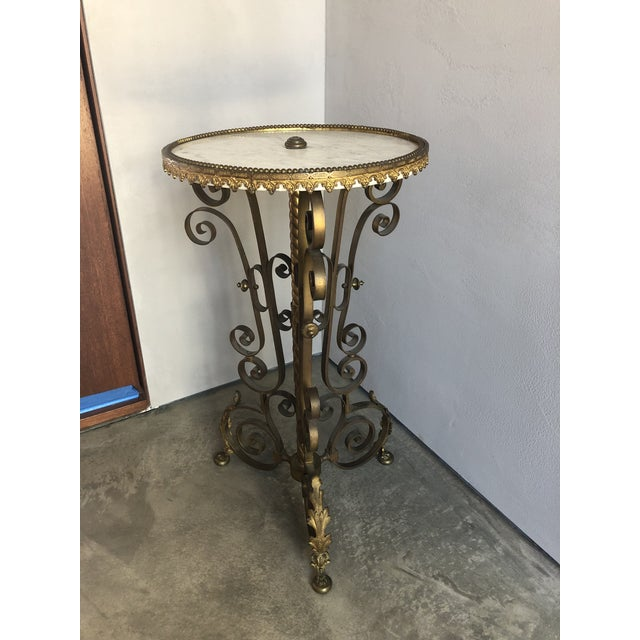 Traditional Gold Cocktail Side Table With Marble Top For Sale - Image 4 of 9