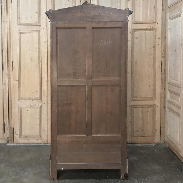 19th Century French Louis XV Rosewood Display Armoire ~ Bookcase For Sale - Image 12 of 13