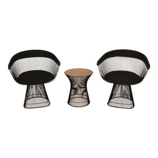 Vintage Mid Century Knoll Warren Platner Arm Chairs & Rosewood Side Table - Set of 3 For Sale